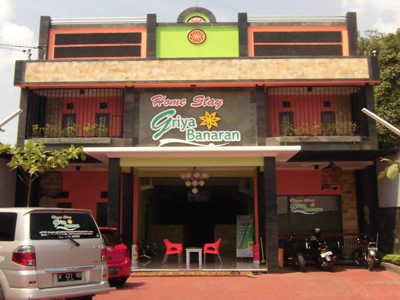 Griya Banaran Home Stay Hotel Murah dan Dekat Pusat Kota Kediri