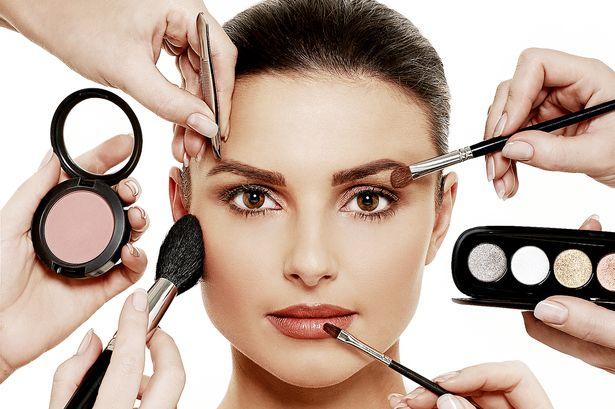 Lebih Berhati-hati Saat Membeli Alat Makeup Murah